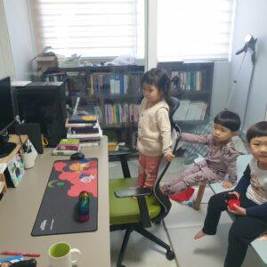유아유치부 친구들 온라인예배 모습